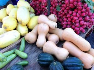 farmers-market-814921_640